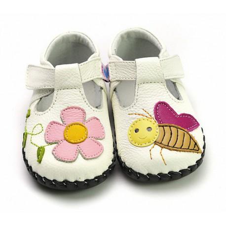 Topánky Freycoo s koženou podrážkou Sára- biele
