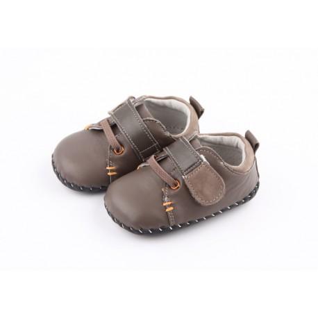 Topánky Freycoo s koženou podrážkou Kryštof sivohnedé